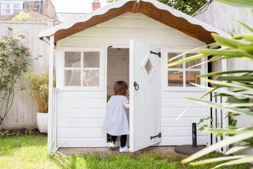 girls garden house