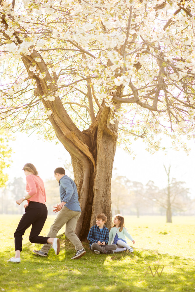 Relaxed family photography London