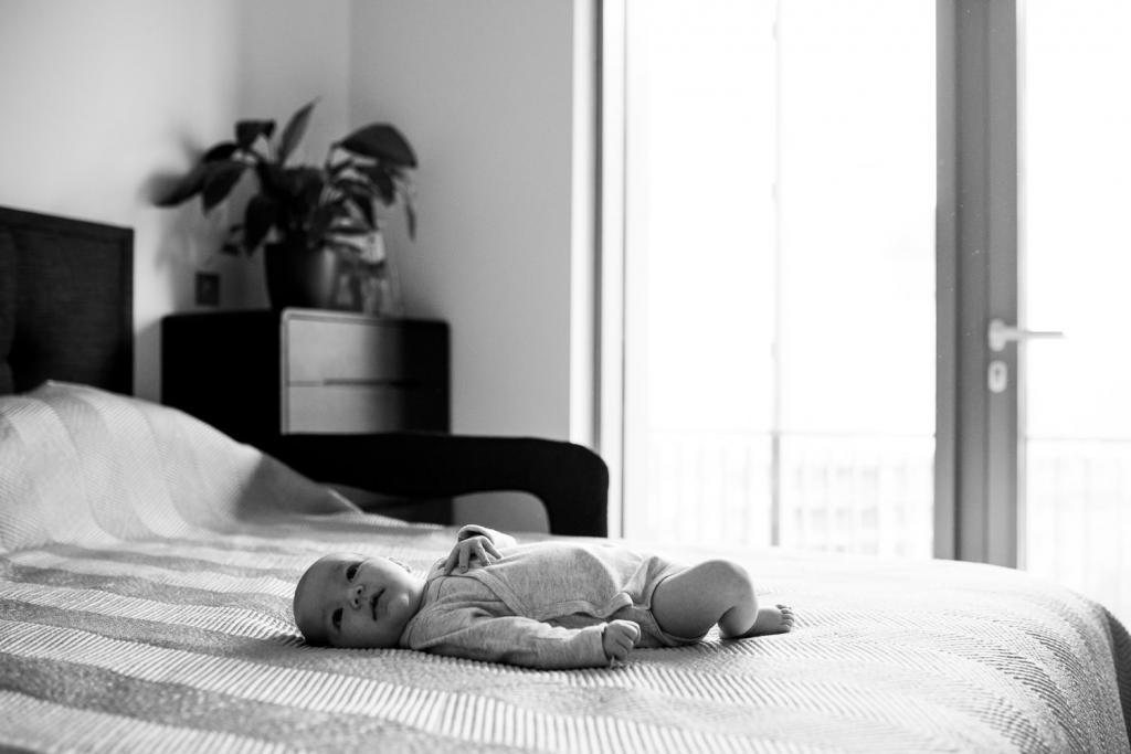 Natural baby portrait photographer